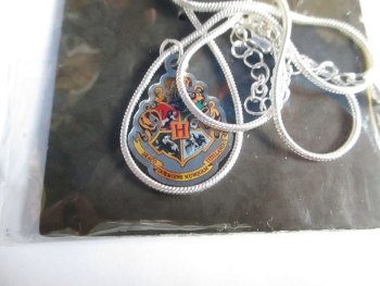 Hogwarts Crest - Harry Potter Official Necklace
