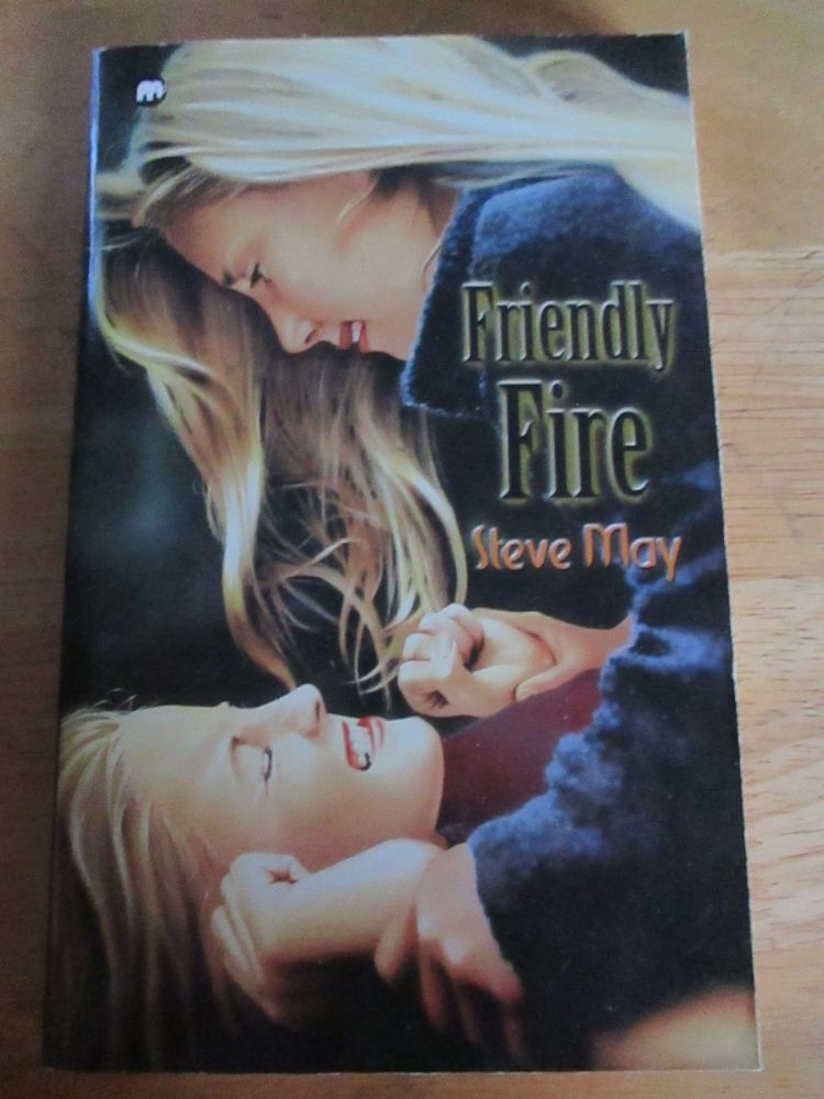 Steve May - Friendly Fire - Paperback