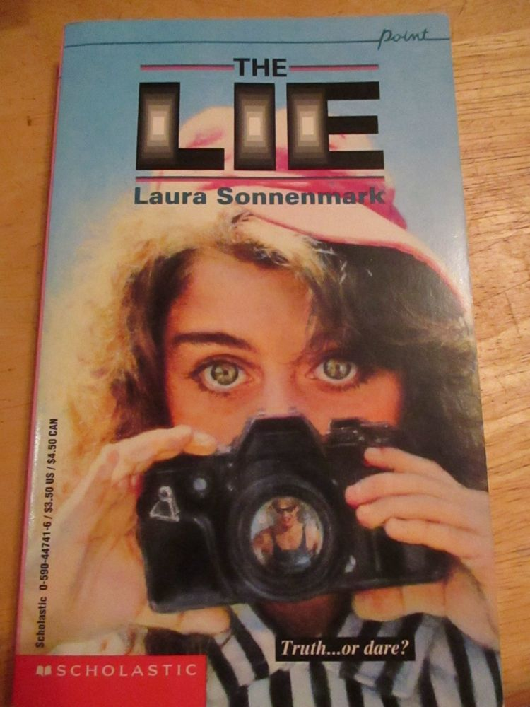 Laura Sonnenmark - Point - The Lie - Paperback