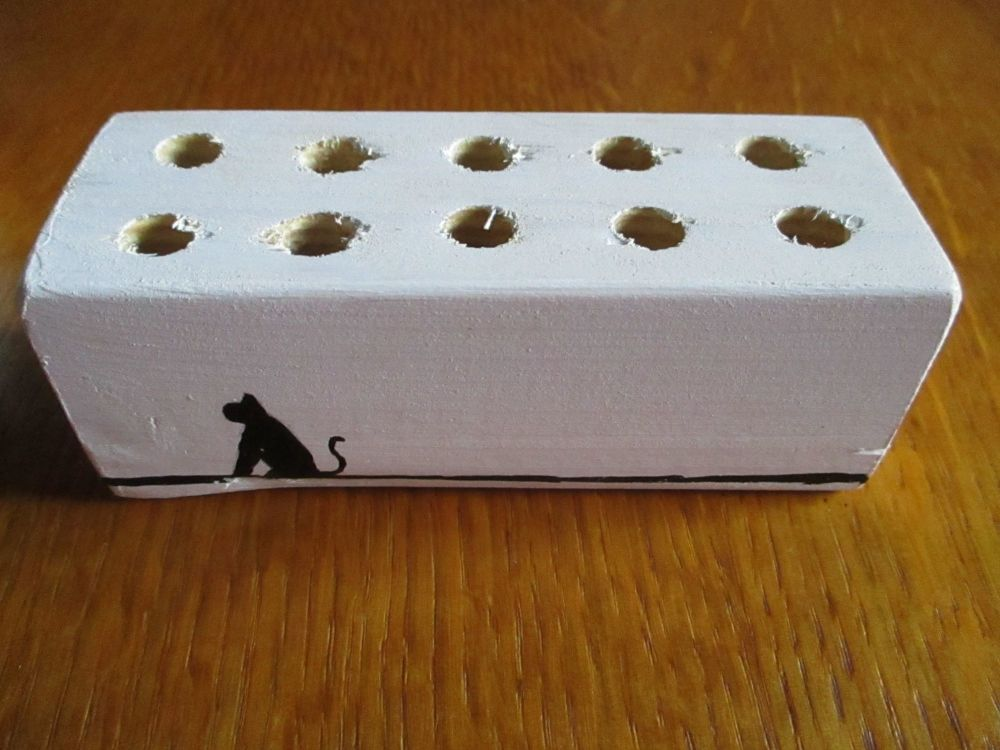 Silhouette Cat 12 Hole White Stationery Block