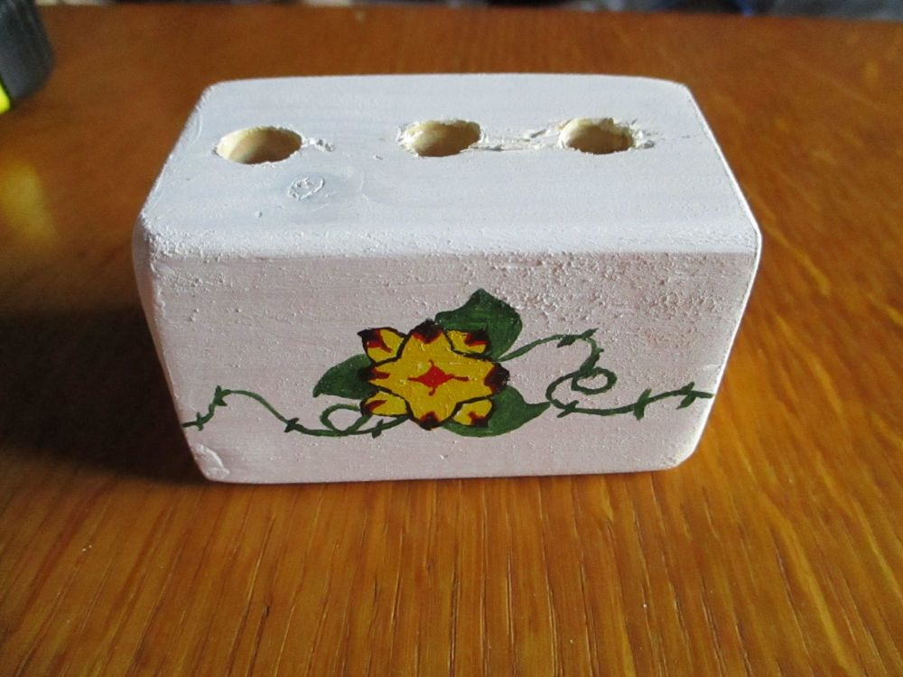 Yellow Red Black Flower Green Vines 3 Hole White Stationery Block (Type 2) Kitty & The Pig