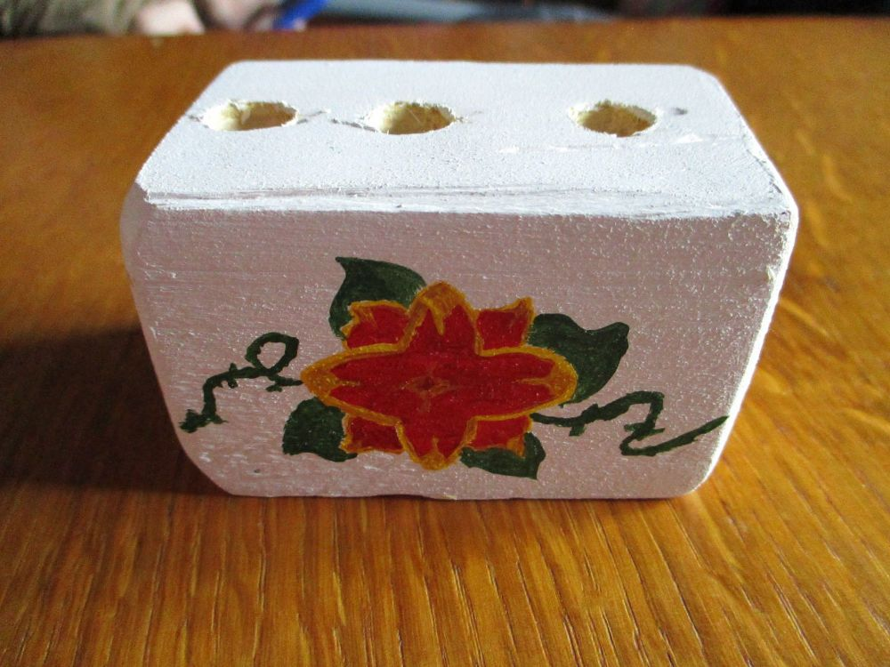 Red & Yellow Flower Green Vines 3 Hole White Stationery Block