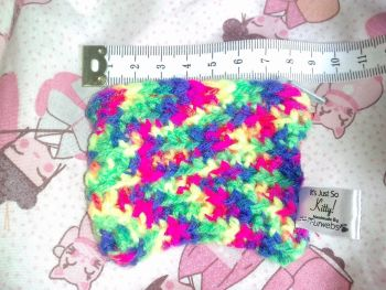 Rainbow yarn mini coin purse with zip