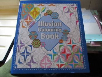 Illusion Colouring Book 32pg (Blue Square)