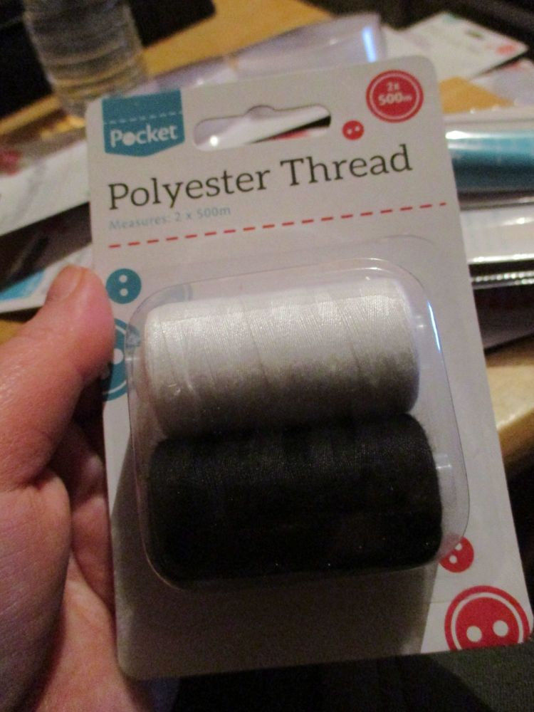 Polyester Thread 2 x 500m Black / White Rolls per pack