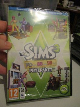 The Sims 3: 70s 80s 90s Stuff Pack (Swedish) Pal PC DVD / Mac #FM0537