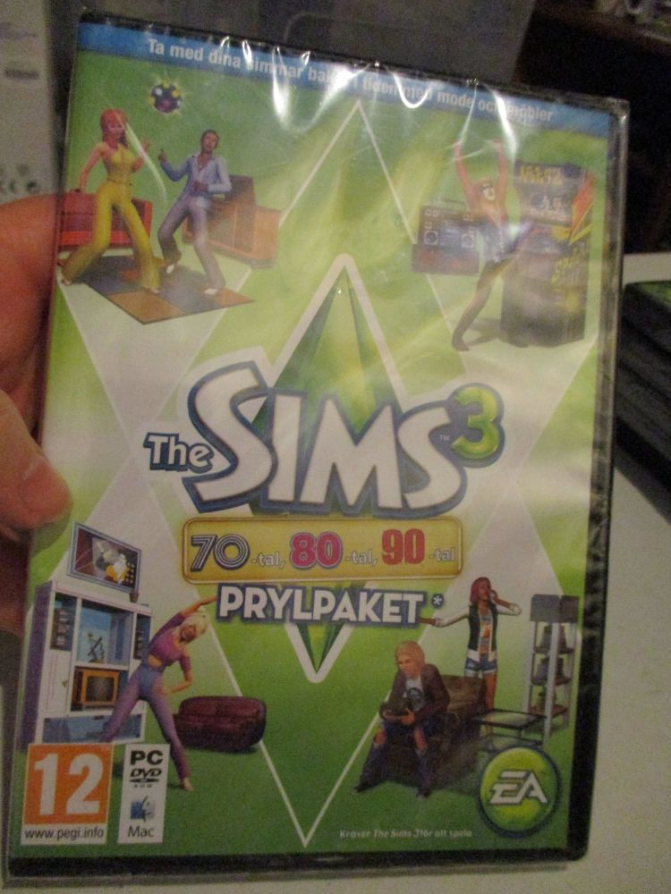 The Sims 3: 70s 80s 90s Stuff Pack (Swedish) Pal PC DVD / Mac #FM0536