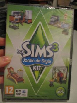The Sims 3: Outdoor Living Stuff Pack (French) Pal PC DVD / Mac #FM0481