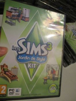 The Sims 3: Outdoor Living Stuff Pack (French) Pal PC DVD / Mac #FM0478