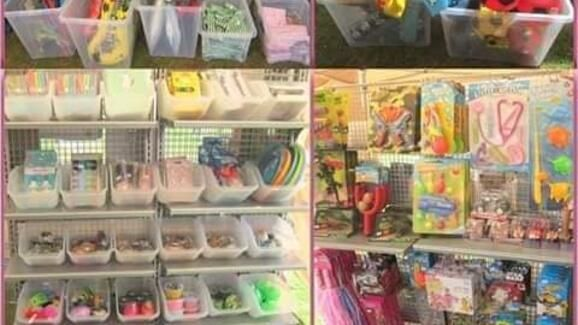 <!--001-->The Toy Store<!>