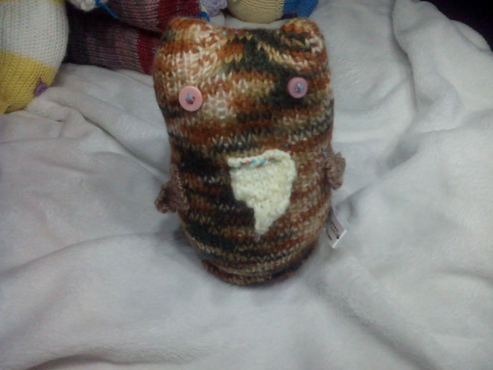 Brown Rainbow Midi Owl with Brown Wings, Pale Yellow Beak And Pink Eyes