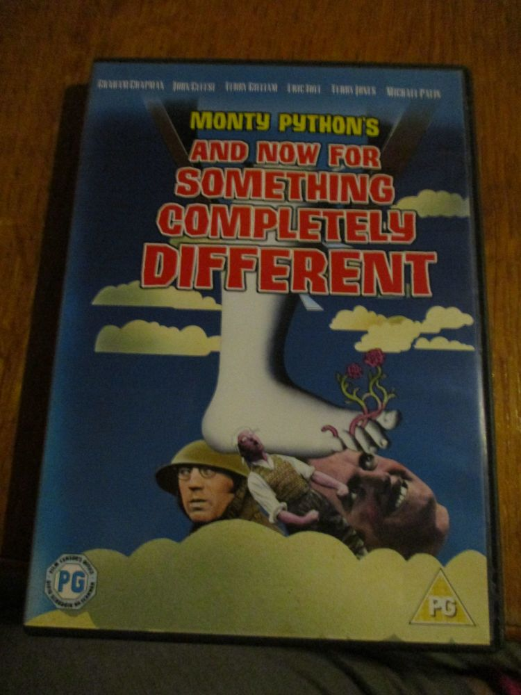 Monty Python - And Now for Something completely different DVD