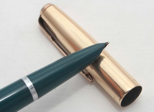 No.8249. Parker 51 Aerometric in Teal Blue with a Rolled Gold Cap, Excellen