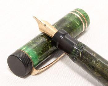 8237 Parker Duofold Junior in Jade Green, c1925, Fully Original, Fantastic Medium Semi Flexible FIVE STAR nib.