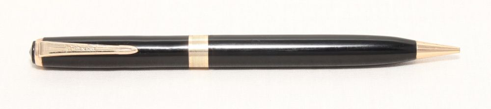 No.8214. Parker Duofold Vacumatic or Challenger Propelling Pencil in Black.