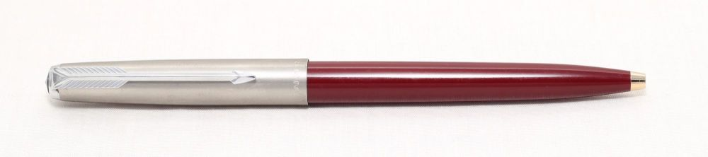 No.8202. Parker 61 MkI CT Ball Pen in Burgundy with a Lustraloy Cap.