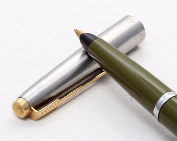 8166 Parker 45 GT in Olive Green. Smooth Medium FIVE STAR Nib. Was £49, now £27