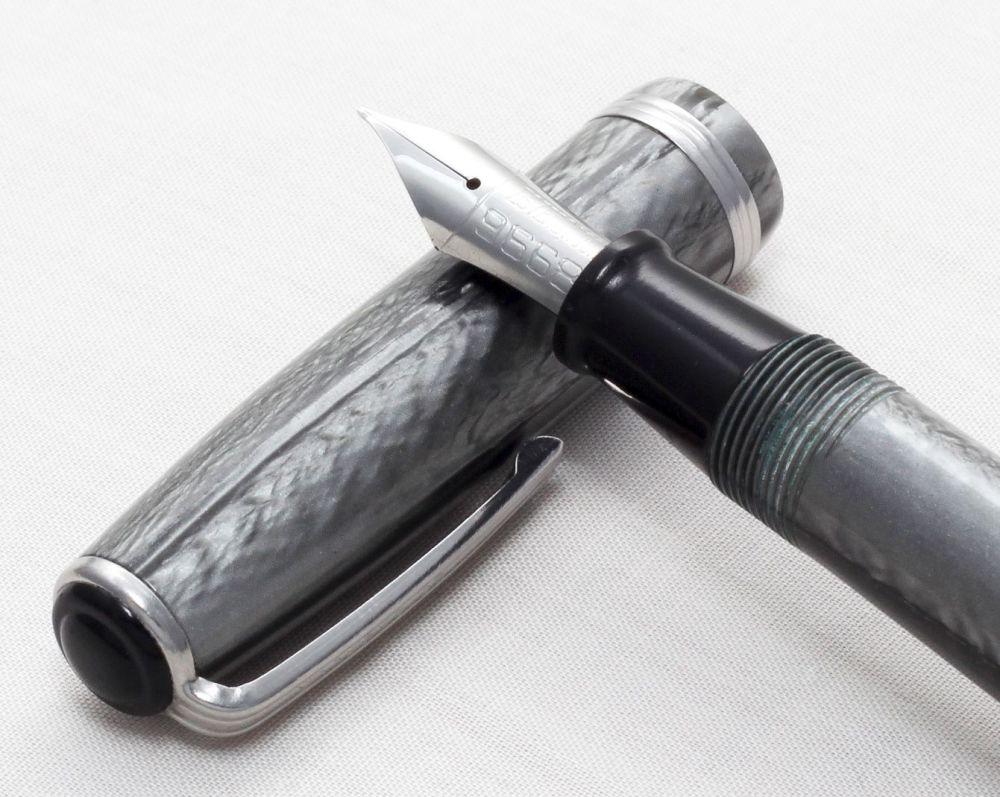 No.8158 Esterbrook J Fountain Pen in Grey Marble. Fabulous Fine Nib.