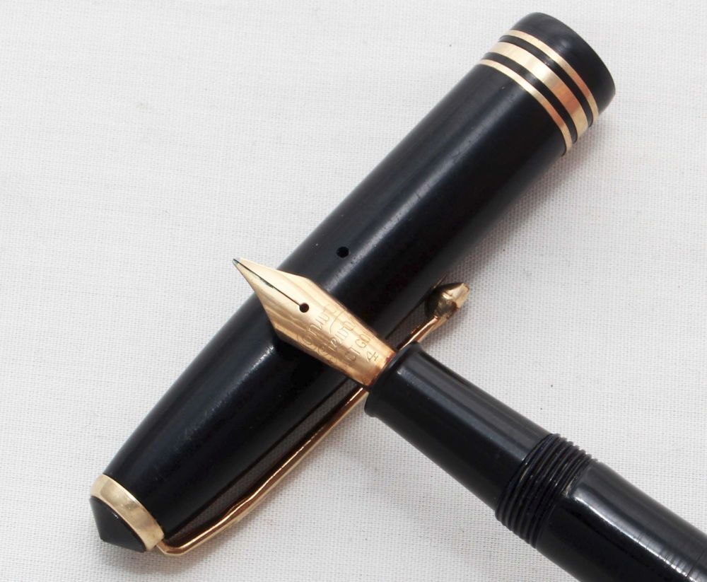 No.8101 Conway Stewart No.73 in Classic Black, Smooth Medium Italic FIVE ST