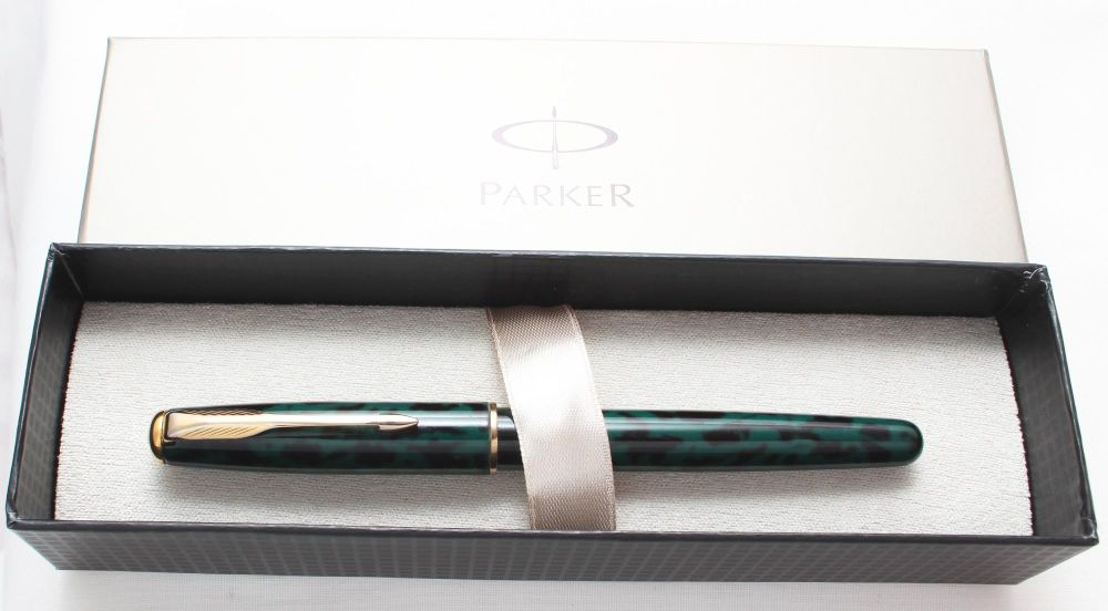 No.7725. Parker Sonnet Rollerball in Green Marble, Boxed.