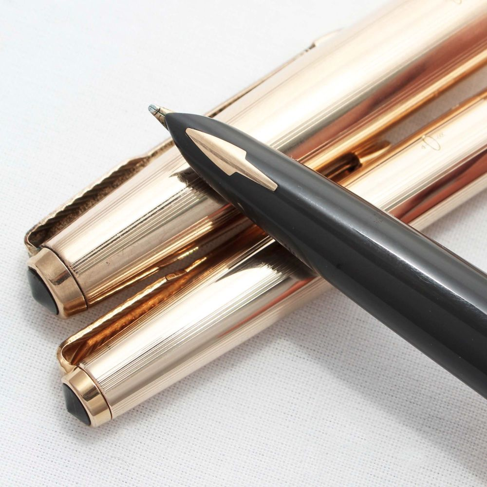 8256 Parker 61 Custom Pen and Pencil set in Rolled Gold. Smooth Medium Nib.