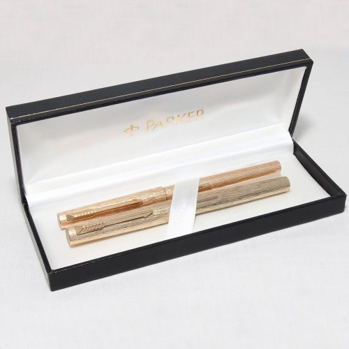 8287 Parker 105 Set in Gold Plate. Smooth Broad side of Medium FIVE STAR Ni