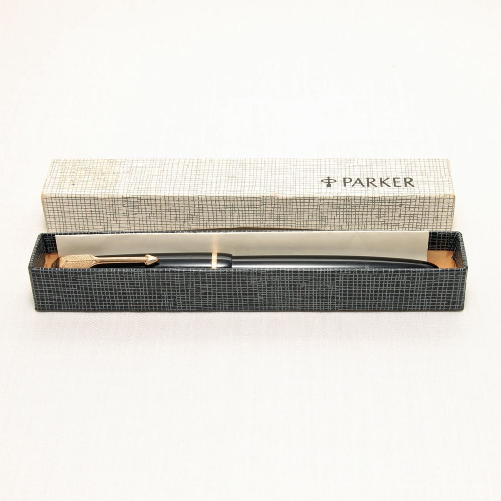 8300 Parker Duofold Junior in Black, c1969. Smooth Medium FIVE STAR Nib.