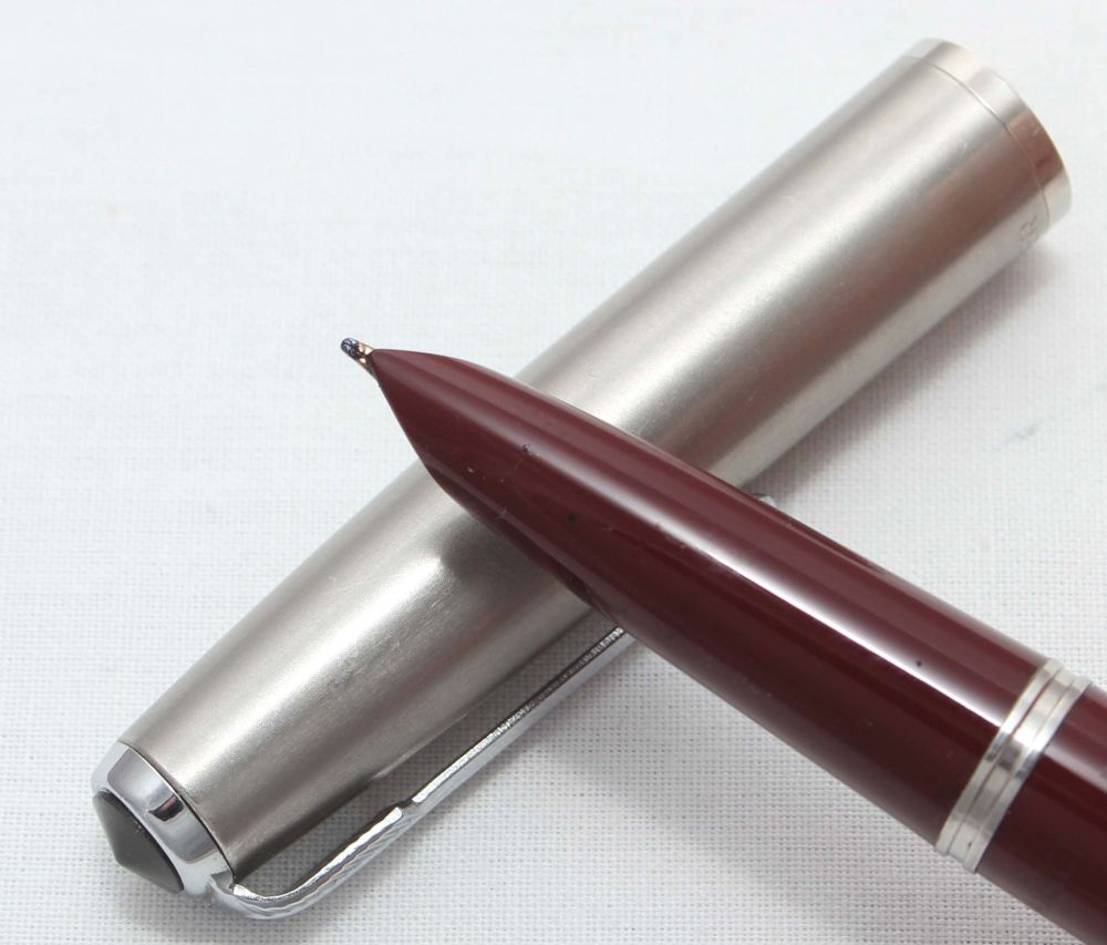 8326 Parker 51 Aerometric in Burgundy.