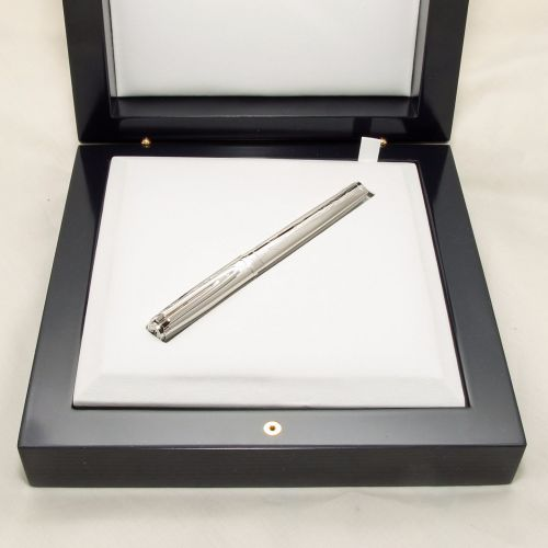 8351 Watermans Exception Limited Edition Fountain Pen in Sterling Silver. 1
