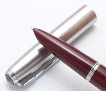8377 Parker 51 Aerometric in Burgundy with a Lustraloy Cap. Smooth Medium FIVE STAR Nib.