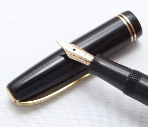 8384 Burnham No.54 in Black with gold Filled Trim. Fine Italic FIVE STAR Ni