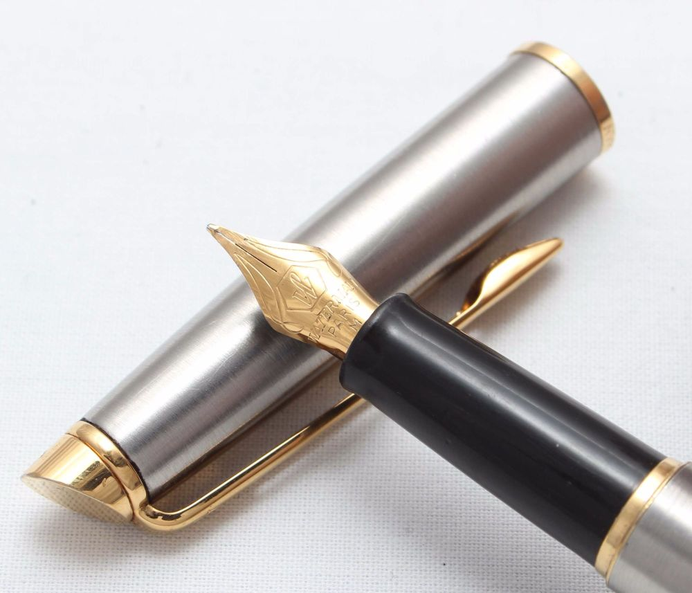 8396 Watermans Hemisphere Fountain Pen in Brushed Stainless Steel. Smooth M