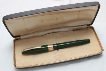 8417. Sheaffer Imperial Touchdown Fountain Pen in Green, Smooth Fine Nib. Mint and Boxed.