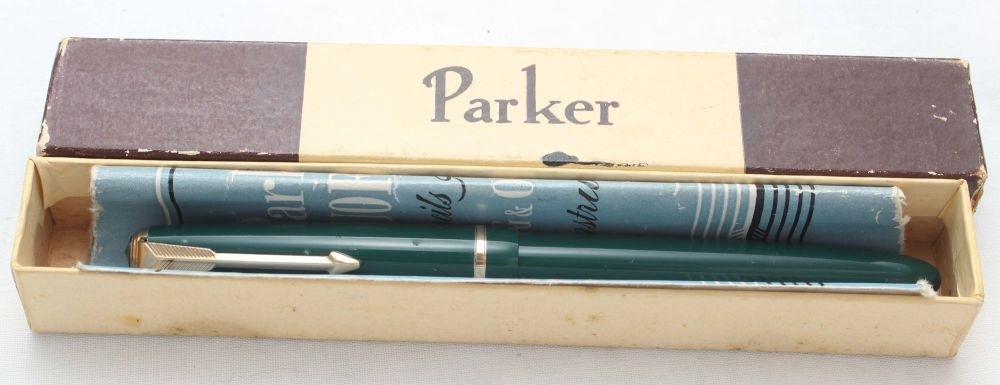 8447 Parker Duofold Slimfold in Green, Smooth Medium Italic FIVE STAR Nib.
