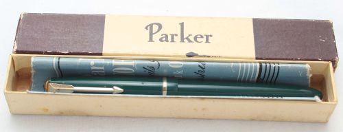 8447 Parker Duofold Slimfold in Green, Smooth Medium Italic FIVE STAR Nib.