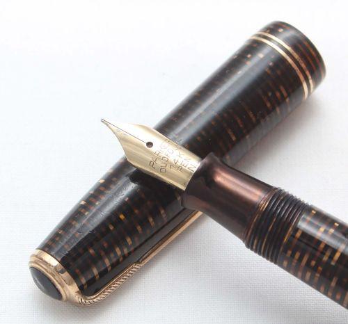 8431 Parker Vacumatic Major Fountain Pen in Golden Pearl, Medium Italic FIV