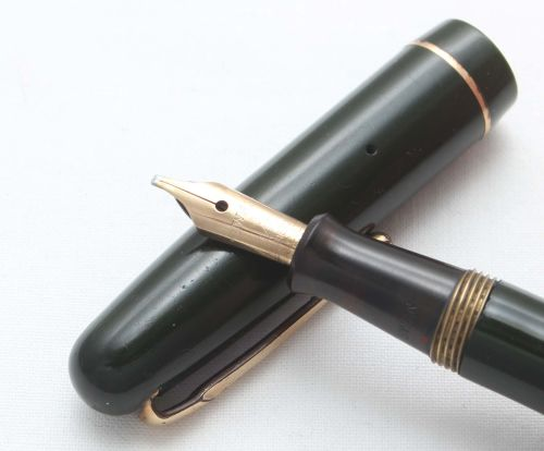 8434 Swan (Mabie Todd) Self Filler 3140 Fountain Pen in Green with Gold fil