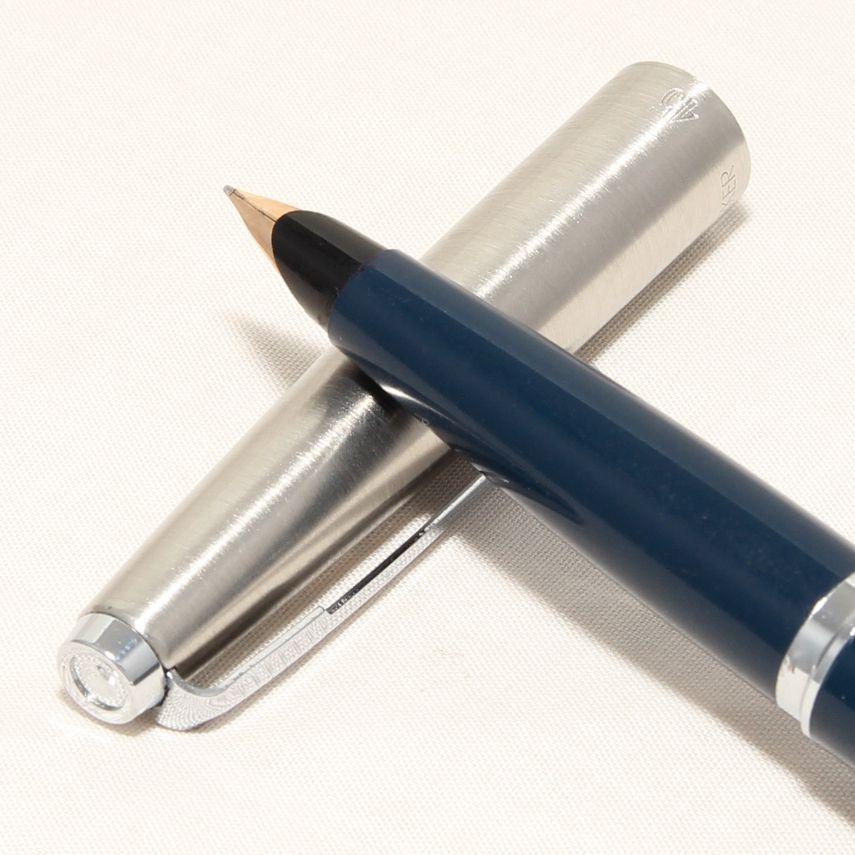 8474 Parker 45 CT in Blue. Smooth Medium Nib.