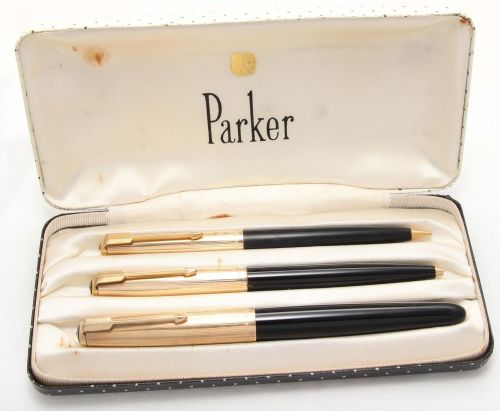 8465 Parker 51 Triple Set in Black with Rolled Gold caps. Mint and Boxed. M