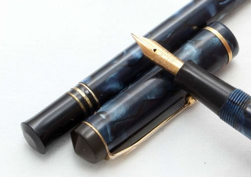 8499 Conway Stewart No.759 Fountain Pen and Propelling Pencil Set in Blue M