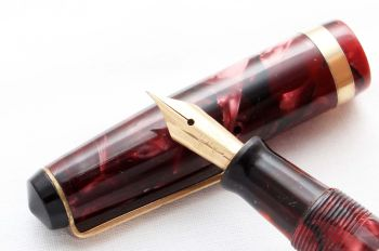 8528 Parker Challenger Fountain Pen in Burgundy Marble, Fine semi flex Nib.