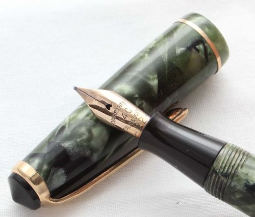 8535 Onoto Lever Filling Fountain Pen in Green Marble. Superb Medium FIVE S
