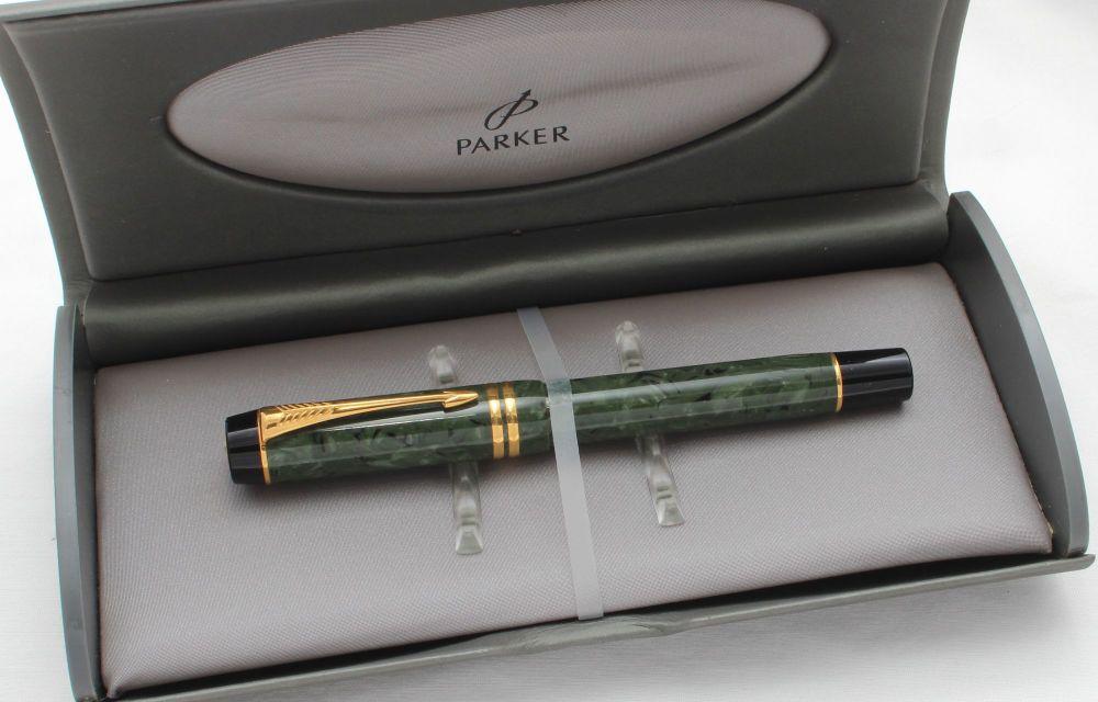 8538 Parker Duofold Centennial Fountain Pen in Jade Green, Medium FIVE STAR