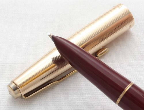 8570. Parker 51 Aerometric in Burgundy with a Rolled Gold Cap, Smooth Broad