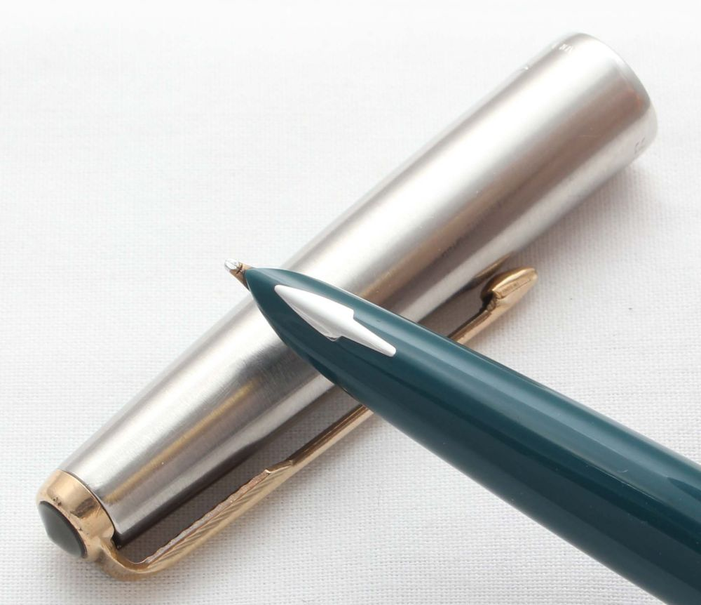 8584 Parker 61 Classic in Vista Blue. Smooth Broad FIVE STAR Nib.