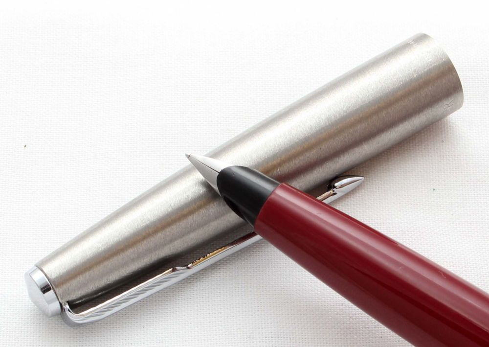 8591 Parker 45 CT in Burgundy. Smooth Extra Fine Nib.