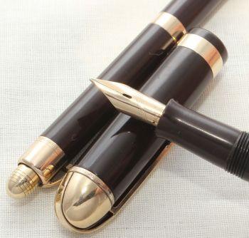 8630 Eversharp Skyline Fountain Pen and Pencil set in Brown. Medium Semi Flex FIVE STAR Nib. Mint and Boxed.