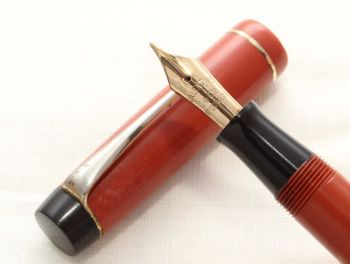 8611 The Valentine Pen in Chinese Red. Medium FIVE STAR Nib.