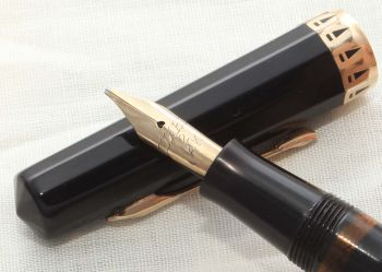 8624 Wahl Eversharp Gold Seal Doric Fountain Pen in black celluloid. Medium Italic Flex Nib.