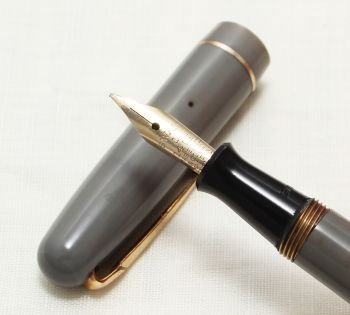 8684 Swan (Mabie Todd) Self Filler 3130 Fountain Pen in Grey with Gold Trim. Smooth Medium Semi Flex FIVE STAR Nib.